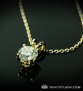 0-763ct-yellow-gold-4-prong-pendant