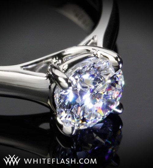 round cut diamond ring
