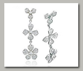 Archeef features Whiteflash Diamnd Earrings