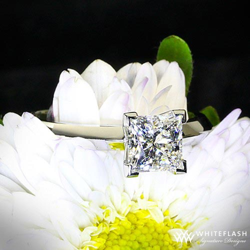camomile and princess cut diamond ring