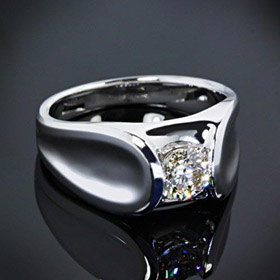 custom-design--solitaire-engagement-ring