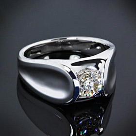custom-design--solitaire-engagement-ring