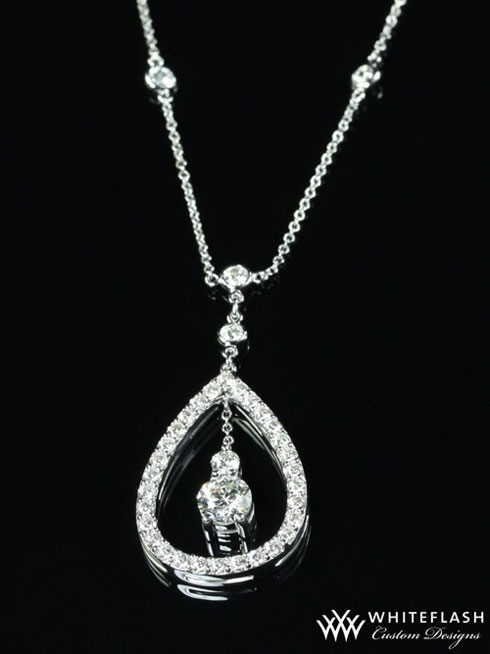 сustom pear halo diamond pendant
