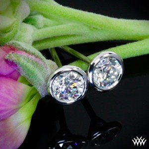 Diamond-Stud-Earrings(1)