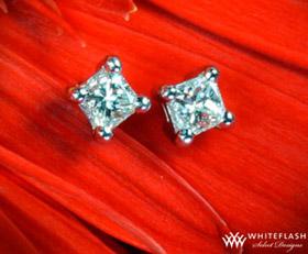 four-prong-diamond-earrings-princess-cut