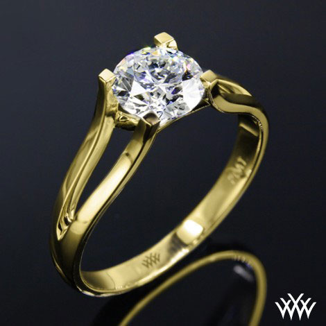 Glam Diamond Gold Ring