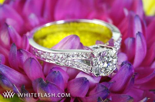 4 prong round cut diamond ring