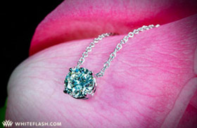 necklace-with-four-prong-diamond