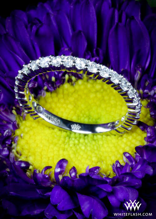 Shared-prong diamond eternity band