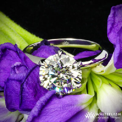 round cut diamond solitaire engagement ring