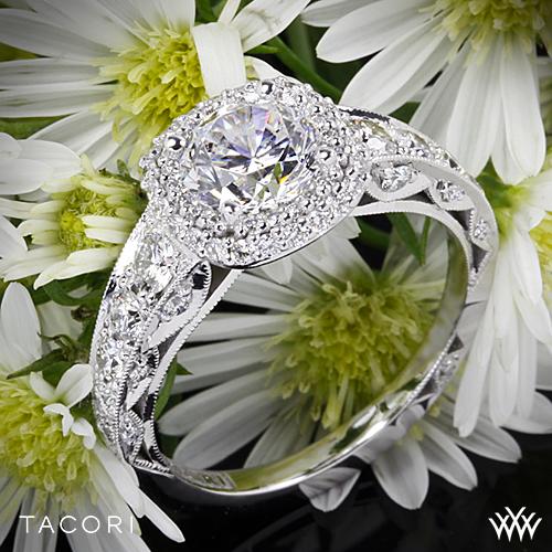 Tacori HT2516CU Engagement Ring