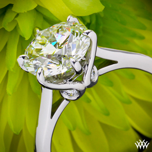 Vatche-Platinum-6-Prong-Solitaire-Engagment-Ring-for-Whiteflash-30544_g
