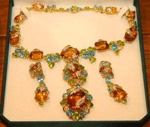 Whiteflash Gemstone Necklace