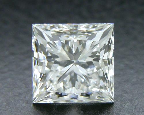 0.702 ct F SI1 A CUT ABOVE® Princess Super Ideal Cut Diamond