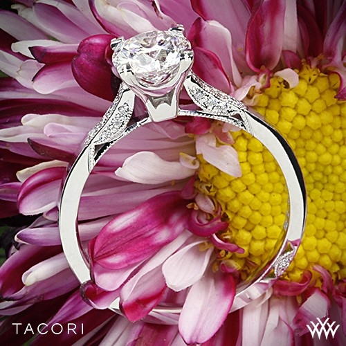 Tacori 2586RD Simply Tacori Pave Diamond Engagement Ring