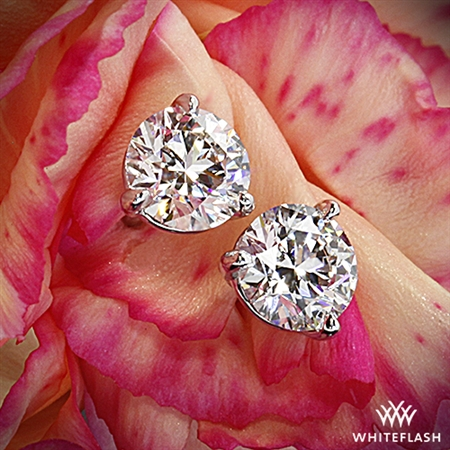 Whiteflash- awesome site, great customer service and wonderful diamonds