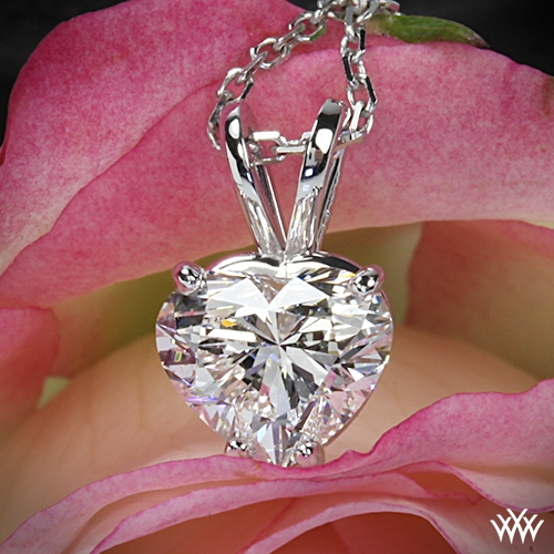 Easy diamond jewelry and excellent quality