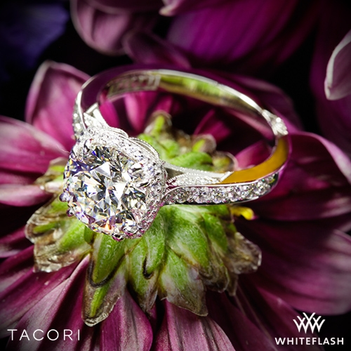 Tacori 2620RD Dantela Crown Diamond Engagement Ring