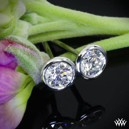 Handmade Full-Bezel Diamond Earrings