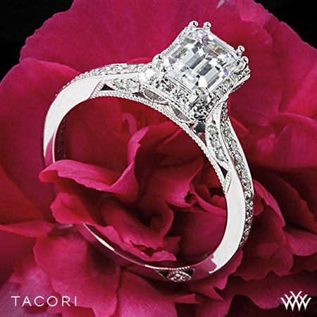 Tacori 2620ECSM Dantela Crown for Emerald Diamond Engagement Ring
