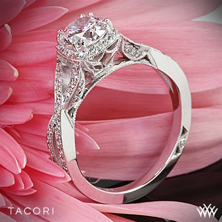 Tacori 2627RDSM Dantela Diamond Engagement Ring