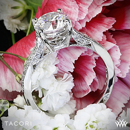Tacori 2638RD P Dantela Crescent Motif Pave Diamond Engagement Ring