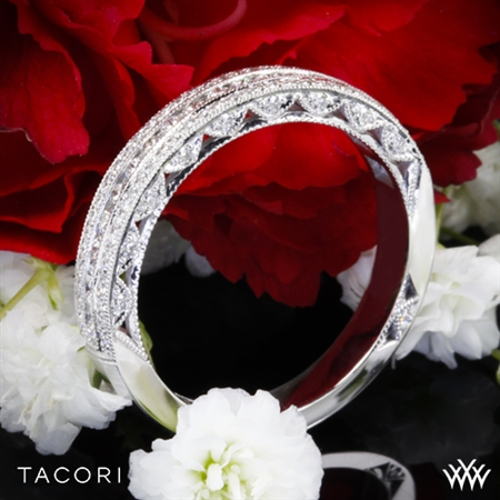 Tacori HT2513RDB Classic Crescent Pave-Set Diamond Wedding Ring