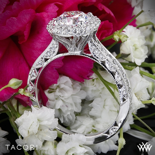 Tacori HT2522CU Blooming Beauties Botanical Cushion Bloom Diamond Engagement Ring