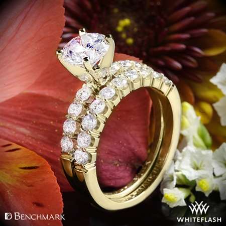 Benchmark CSP4 Crescent Diamond Wedding Set