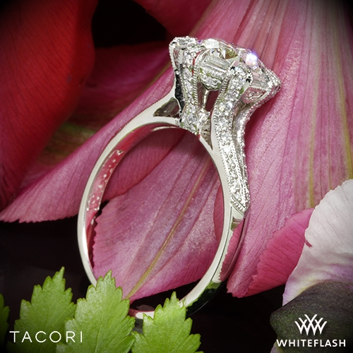 Tacori 2525RD Simply Tacori Diamond Engagement Ring