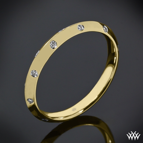 Corazon Scattered Knife-Edge Diamond Wedding Ring