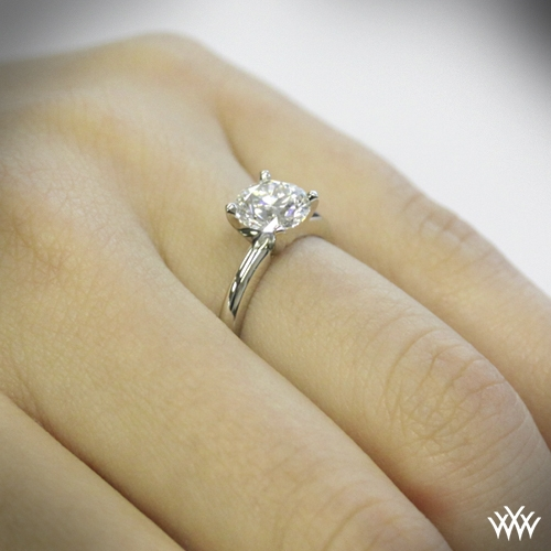 4prong classic diamond solitaire 1024