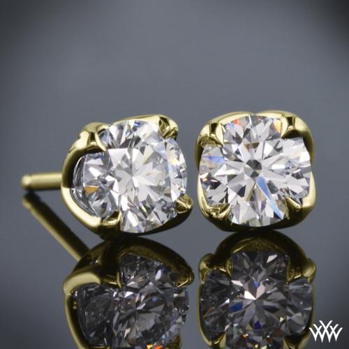W-Prong Diamond Earrings