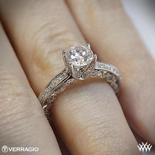 Knife Edge Platinum Wedding Band