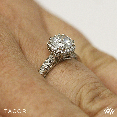 Tacori 2620rd Dantela Crown Diamond Engagement Ring 2523