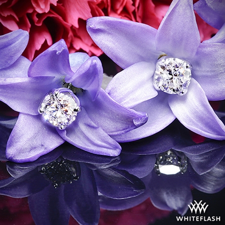 W-Prong Diamond Earrings