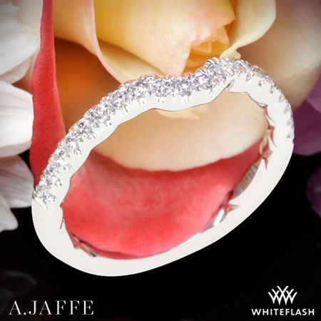 A. Jaffe MR2264Q Pirouette Diamond Wedding Ring