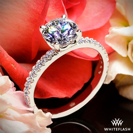 A very beautiful ring with excellent craftsmanship.
